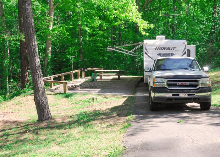 SW002 - Driveway slope, awning-side clearance.Sweetwater Campground, campsite 2.