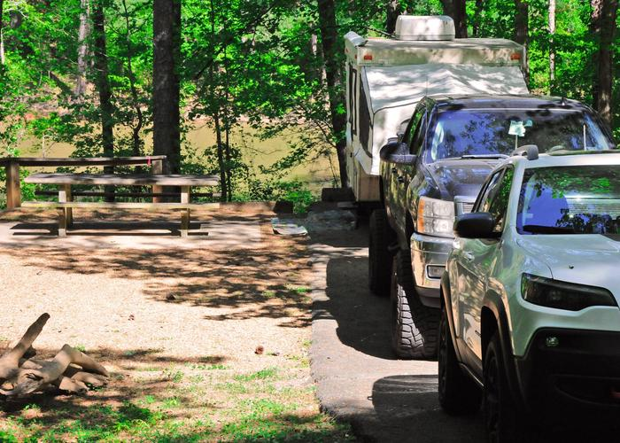 Driveway slope, awning-side clearance.Sweetwater Campground, campsite 5.