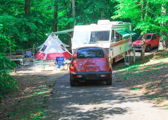 Pull-thru exit, driveway slope, awning-side clearance, utilities-side clearance.Sweetwater Campground, campsite 13.