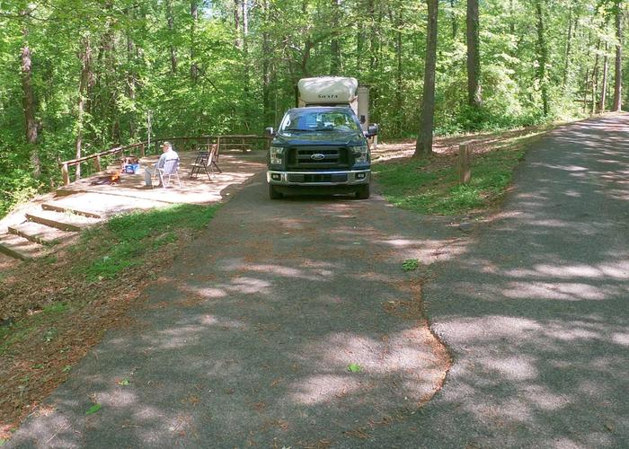 Driveway entrance angle/slope, utilities-side clearance, awning-side clearance.Sweetwater Campground, campsite 18.