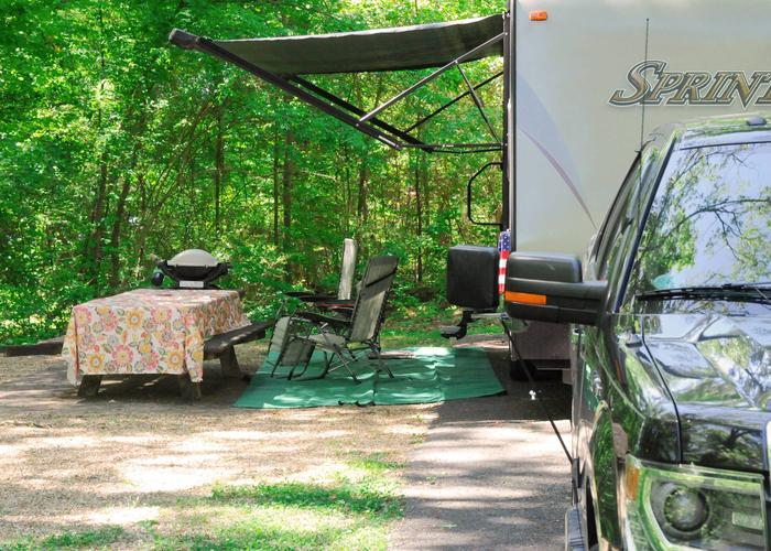 Awning clearance, campsite view.Sweetwater Campground, campsite 29.