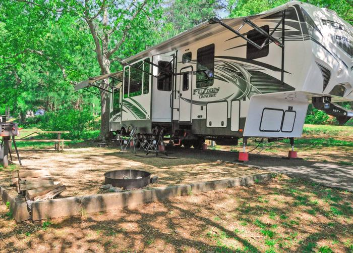 Campsite view, awning-side clearance.Sweetwater Campground, campsite 41.