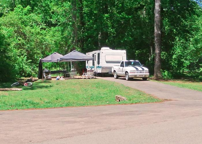 Driveway entrance angle/slope, awning-side clearance.Sweetwater Campground, campsite 55.