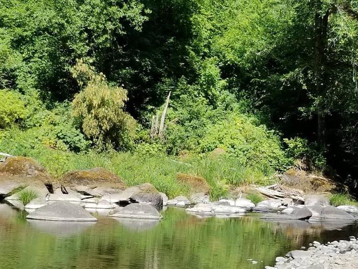 Preview photo of Rocky Bend Group Campground