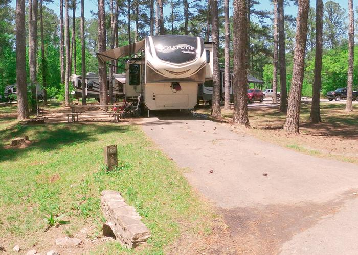 Driveway slope, awning-side clearance.Sweetwater Campground, campsite 62.