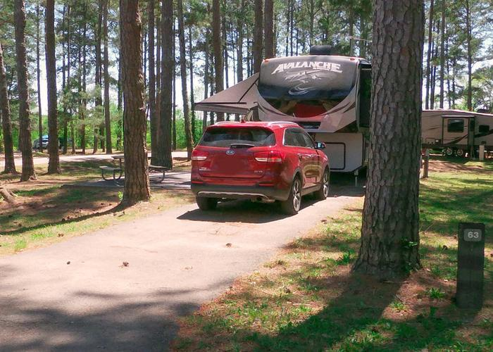 Driveway slope, awning-side clearance.Sweetwater Campground, campsite 63.