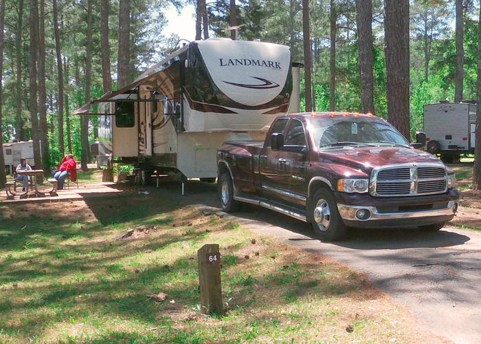 Driveway slope, awning-side clearance.Sweetwater Campground, campsite 64.