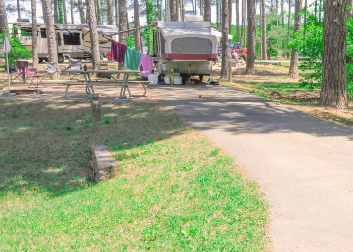 Driveway slope, utilities-side clearance, awning-side clearance.Sweetwater Campground, campsite 66.