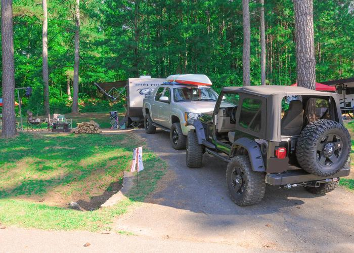 Driveway Slope, awning-side clearance.Sweetwater Campground, campsite 79.