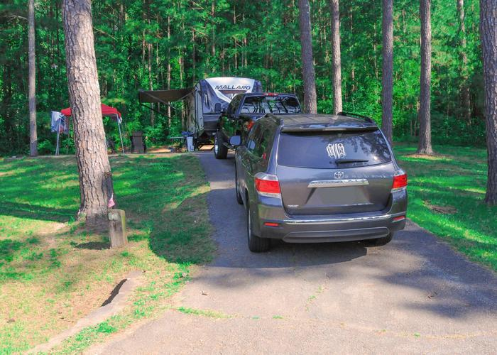 Driveway slope, awning-side clearance.Sweetwater Campground, campsite 81.