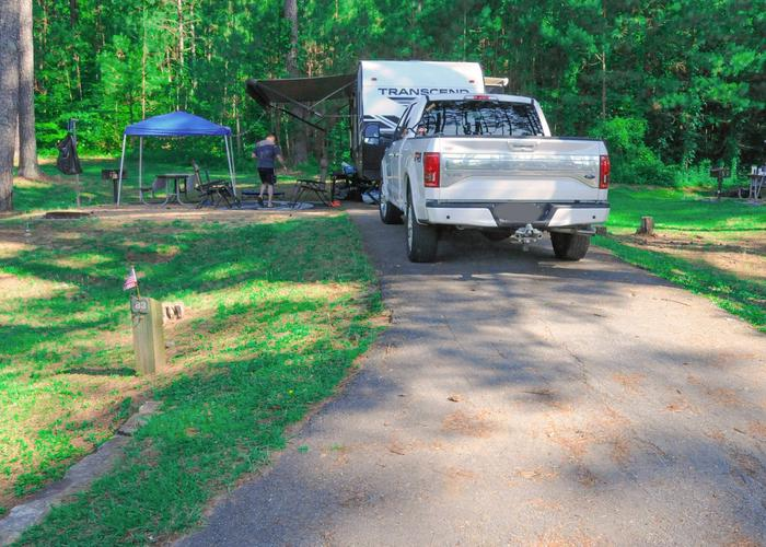 Driveway slope, awning-side clearance.Sweetwater Campground, campsite 83.