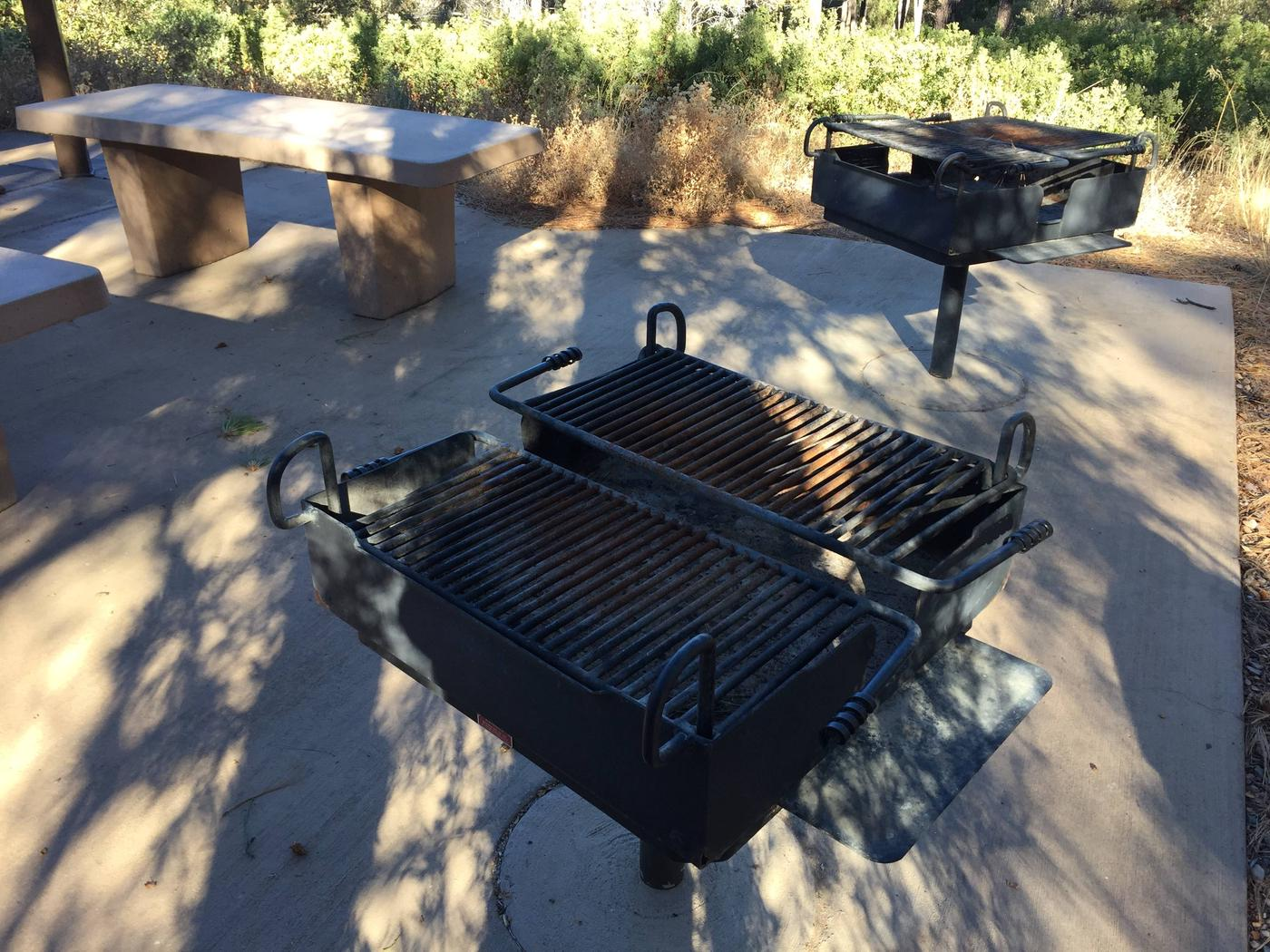 Large Grills2 large charcoal grills provided, bring your own wood or charcoal