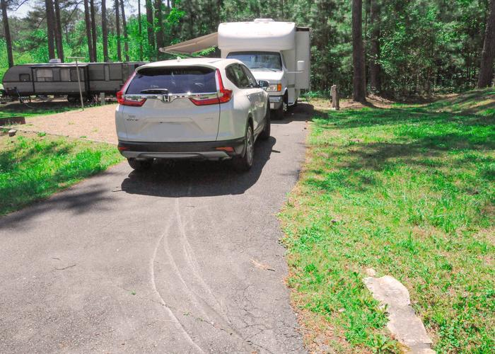 SW093 - Driveway slope, utilities-side clearance.Sweetwater Campground, campsite 93.