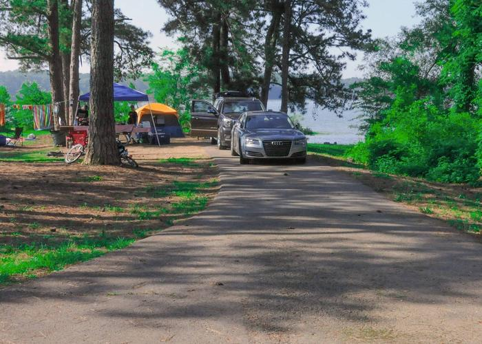 SW103 - Driveway slope, awning-side clearance.Sweetwater Campground, campsite 103.
