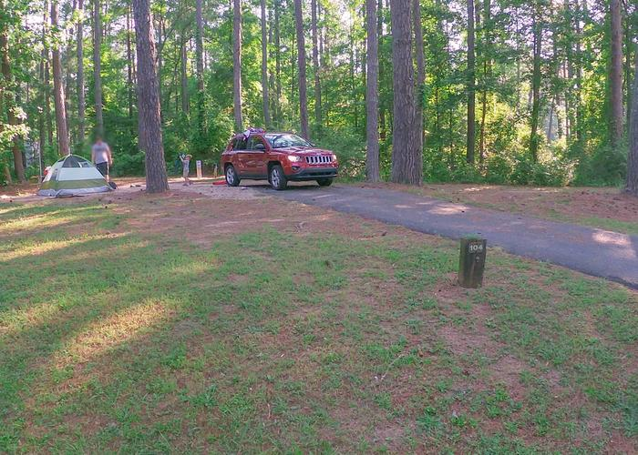 SW104 - Driveway slope, awning-side clearance.Sweetwater Campground, campsite 104.