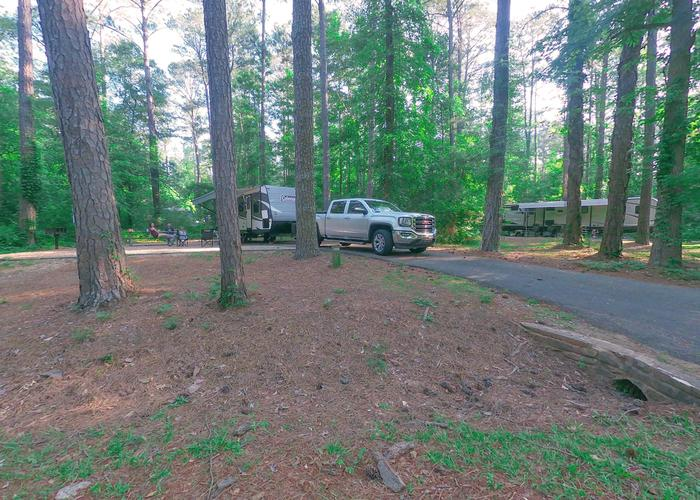 SW122 - Driveway slope.Sweetwater Campground, campsite 122.