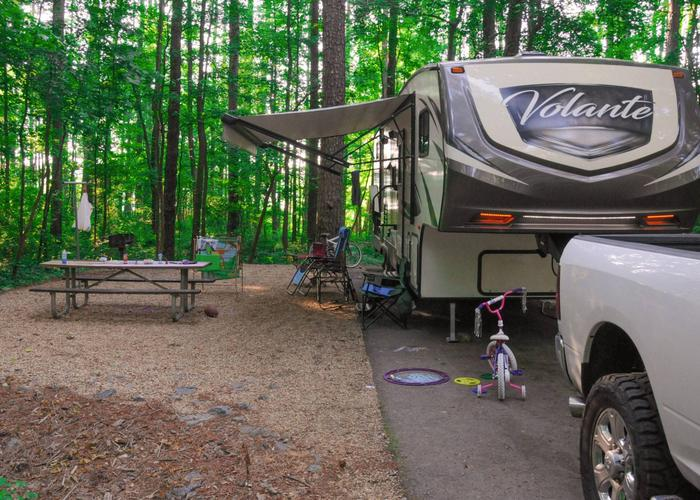 SW132 - Awning-side clerance, campsite view.Sweetwater Campground, campsite 132.