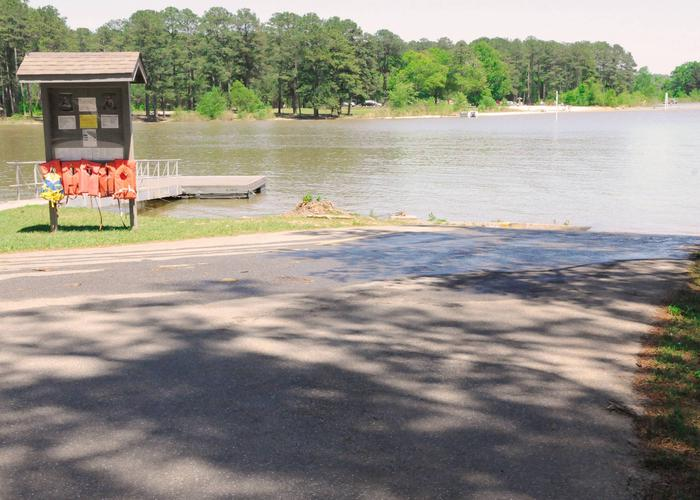 SWXX3 - Boat Ramp.Sweetwater Campground boat ramp.