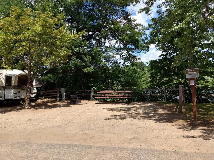Sandy Lake - Campsite 8Sandy Lake Site 8