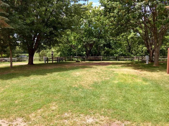 Sandy Lake - Campsite 17Sandy Lake Site 17