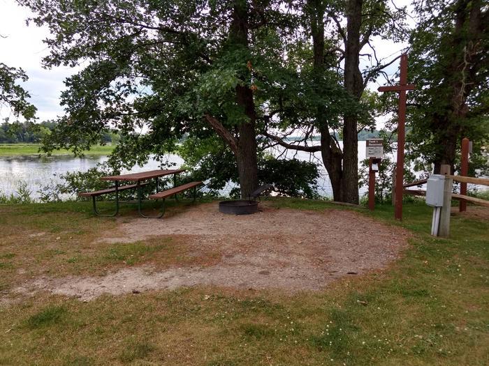Sandy Lake - Tent 1Sandy Lake Tent 1