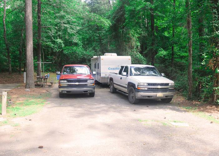 Parking, driveway slope, awning-side clearance.Sweetwater Campground, campsite 151.