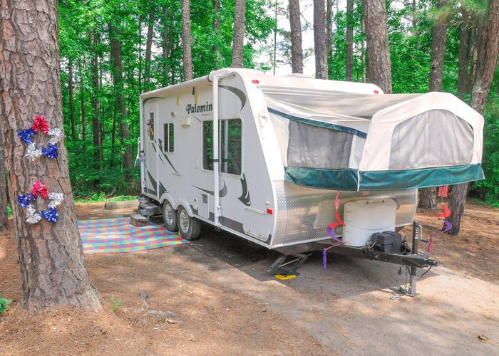 Awning-side clearance.McKaskey Creek Campground, campsite 16.