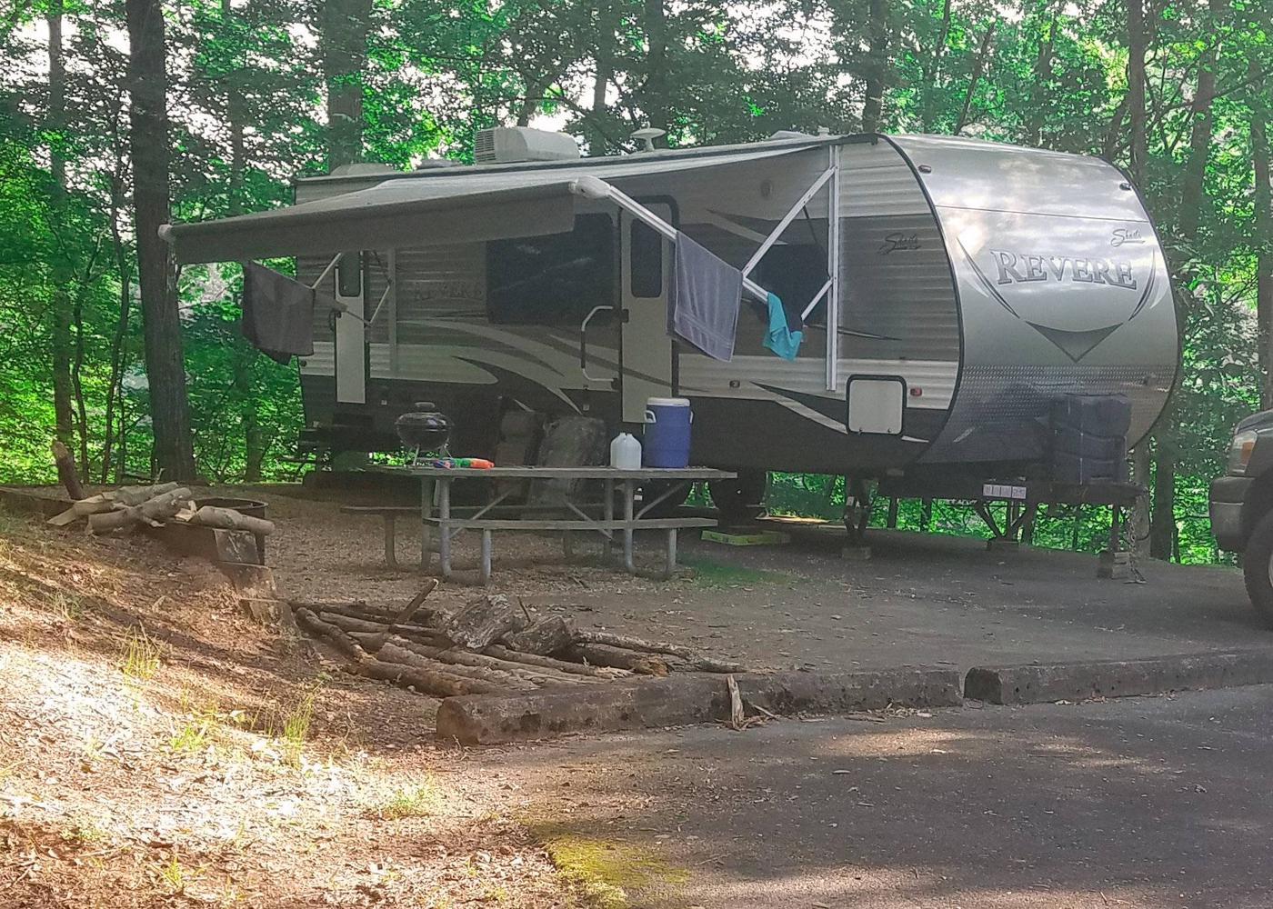 Awning-side clearance.Upper Stamp Creek Campground, campsite 18