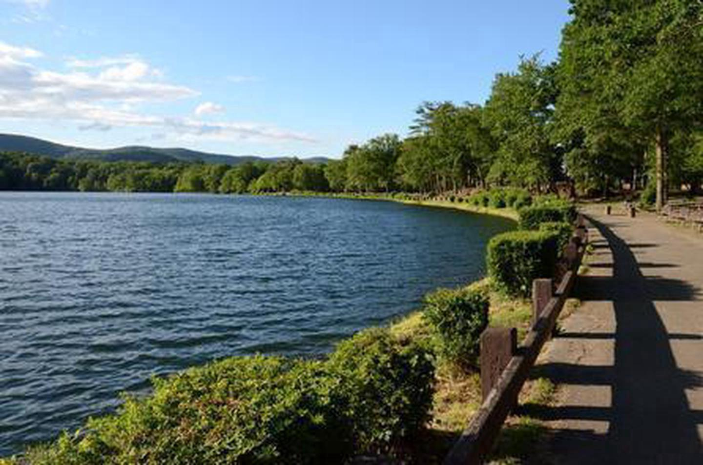 Bear Mountain Lake Amenities at the Bear Mountain Inn include boat rentals, nature trails, playing fields and more.