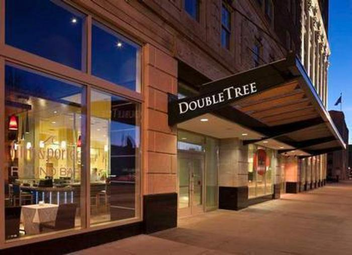 Historic Hotel in Heart of DetroitLocated in the center of the city, the Fort Shelby Doubletree is the perfect place to base your Detroit vacation.