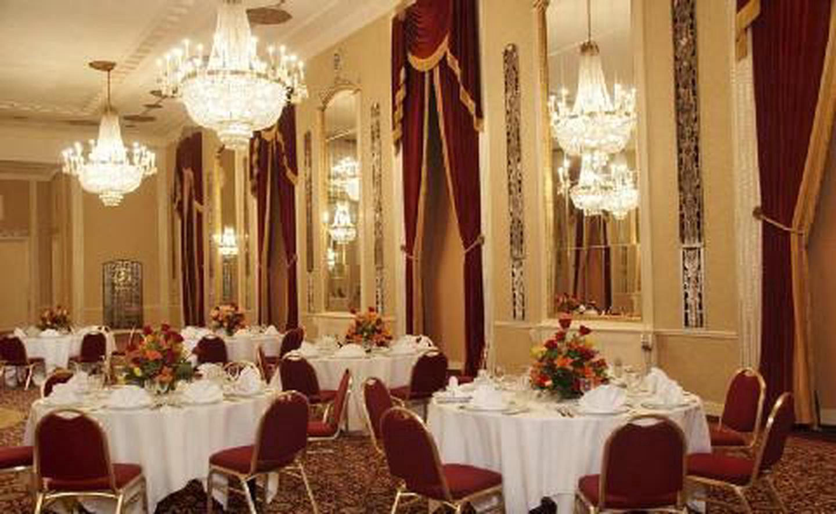 Crystal BallroomThe exquisite Crystal Ballroom dates back to World War II and highlights an Art Deco authenticity, including high ceilings and ornate mirrors.
