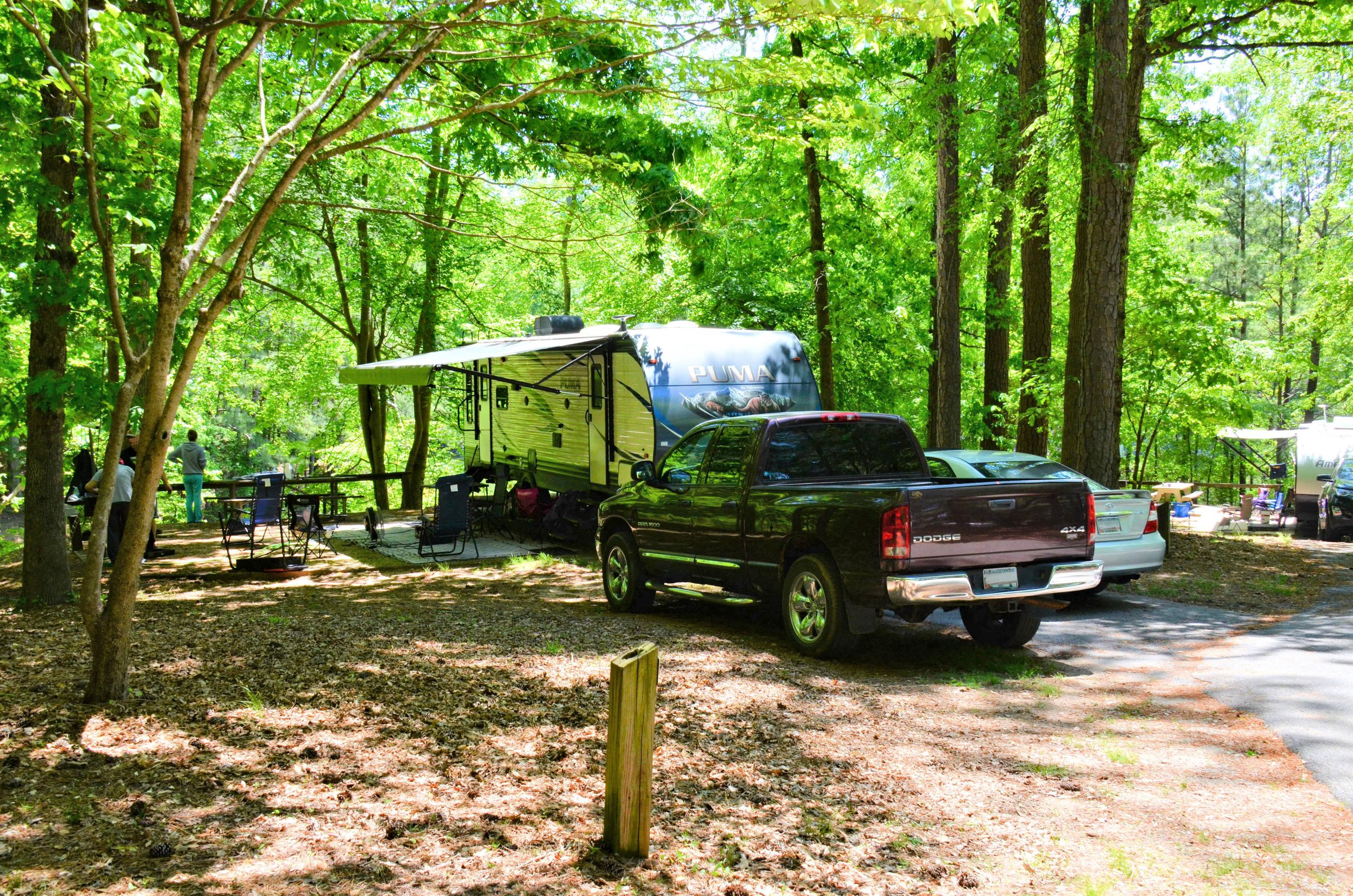 Awning-side clearance.McKinney Campground, campsite 100.