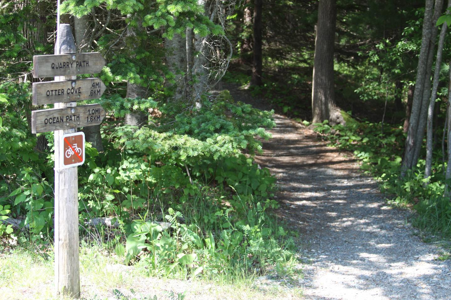 Quarry Path Trailhead near Ranger Station