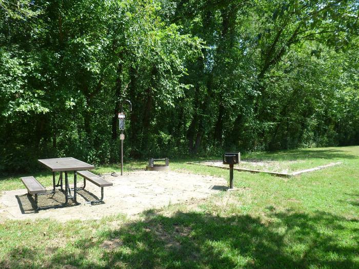 Tyler Bend Walk in Site B-1Tyler Bend Walk in Site B