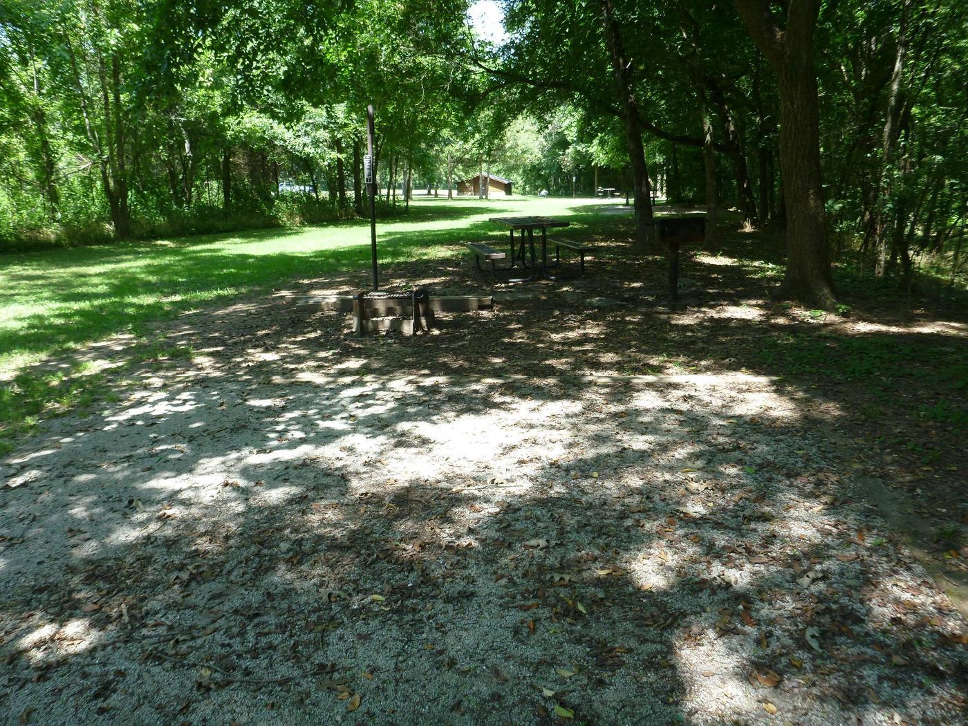Tyler Bend Walk-in Site I-3Tyler Bend Walk-in Site I