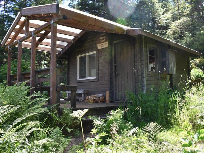 Heckman Lake CabinHeckman Lake cabin