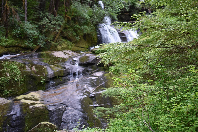 Manzanita Manzanita Waterfall