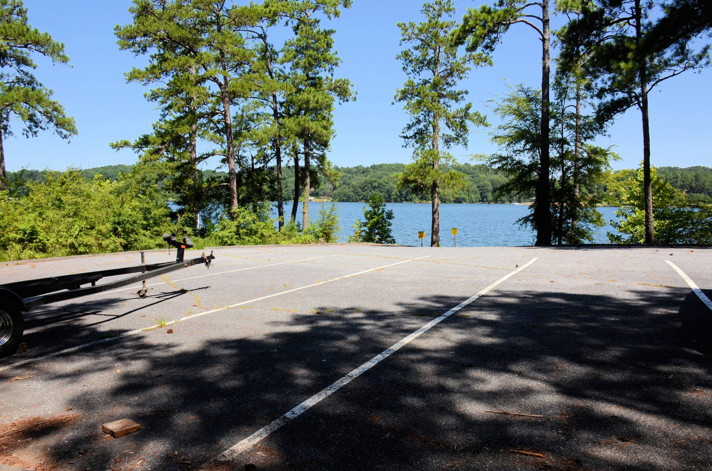 Boat ramp parking.Old 41 #3 Campground boat ramp parking.