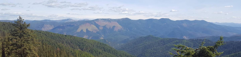 View 1 HeroMountain views surround Spyglass Peak