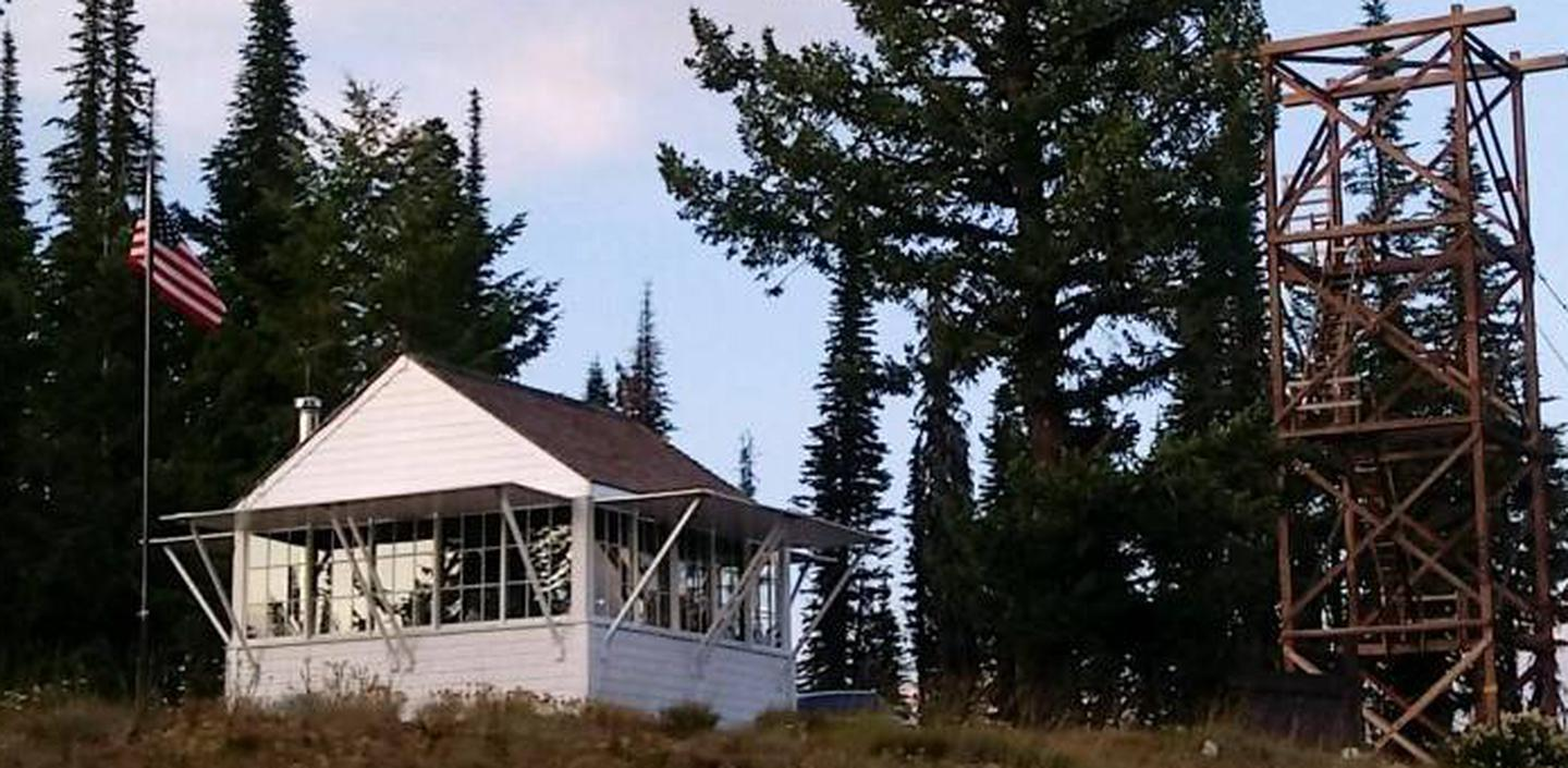 Cabin 1Spyglass cabin and lookout tower