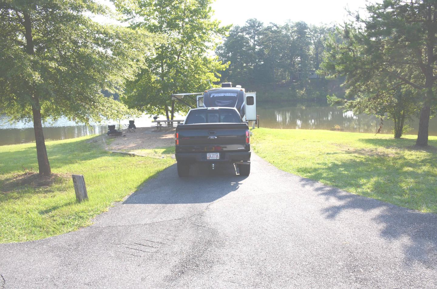 Driveway slope, awning-side clearance.Payne Campground, campsite 008.