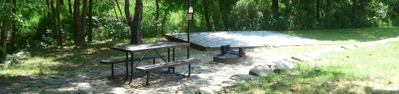 Tyler Bend Main Loop Site#1 Site#1, 40' back-in, tent pad 15' x 15'.