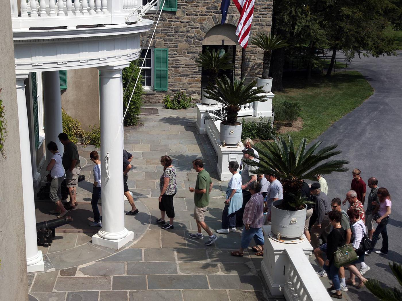 Group tour into the Home of FDR
