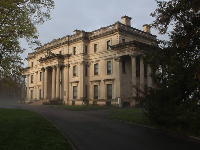 Vanderbilt Mansion up close.