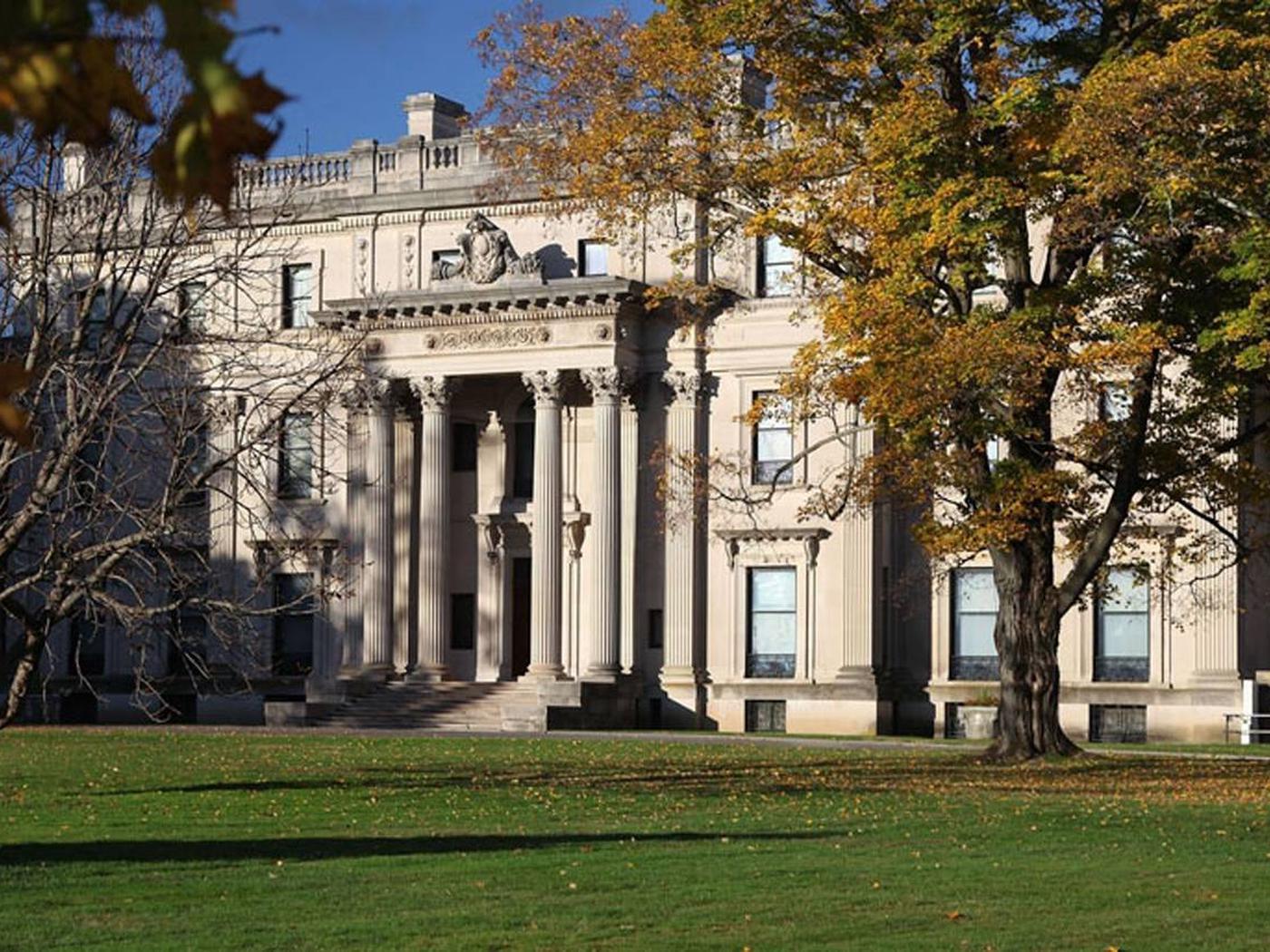 Vanderbilt in Fall