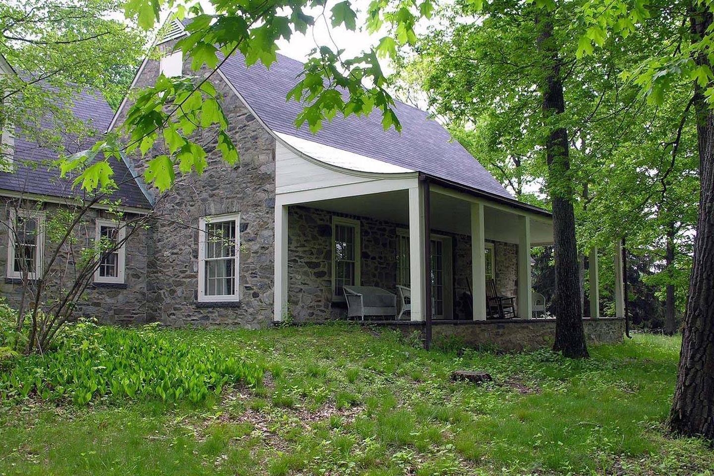 Top Cottage Porch