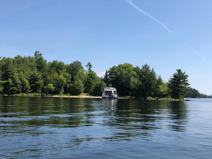 Blue Heron Point, KabetogamaHouseboat site on Kabetogama Lake