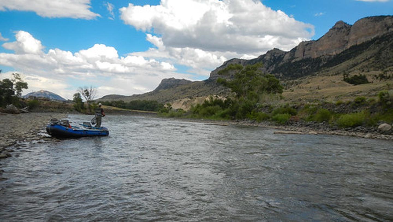 North Fork Shoshone river raft fishing