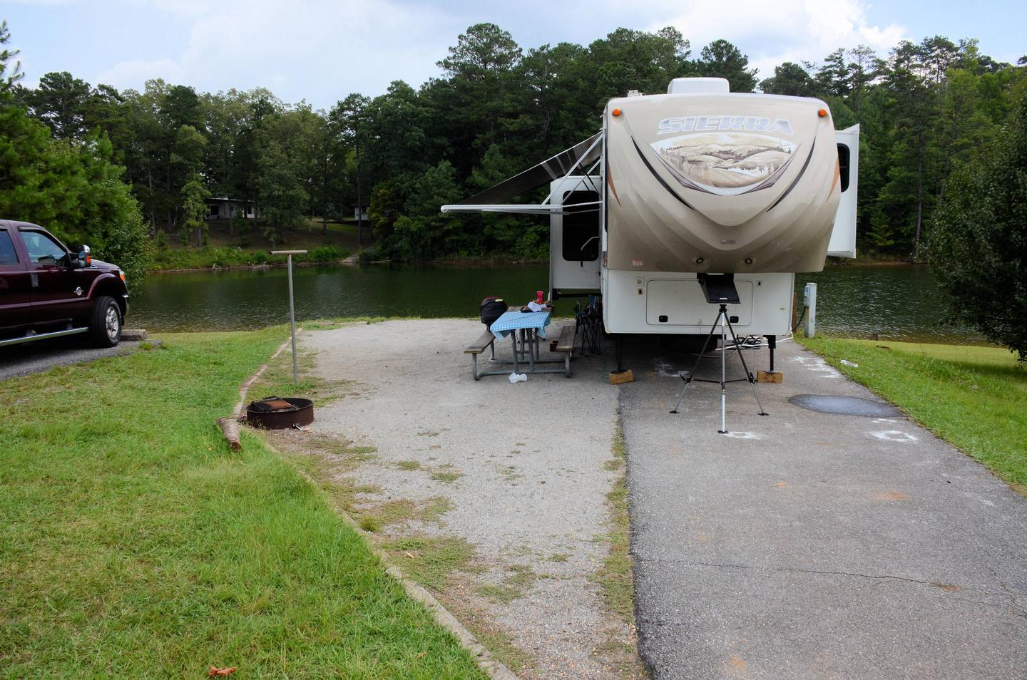 Driveway slope, awning-side clearance.Payne Campground, campsite 10.