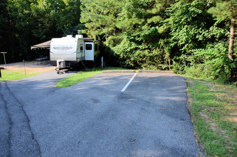 Parking, campsite.Payne Campground, campsite 14.